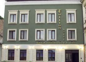 hotel-fullton